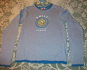MEDIUM WOMENS BLUE LONG SLEEVE SHIRT LOONEY TUNES TWEETY BIRD SMILE