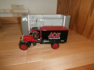 1925 Kenworth Delivery Truck Ace Hardware Ertl Diecast Bank 1 34 Scale