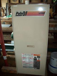 Pulse 21 94 60 000 BTU Forced Air Furnace w 2 5 Ton A C Unit