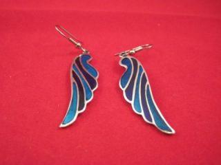 Alia Mexico 1991 Silver Tone Enamel Hook Pierced Earrings