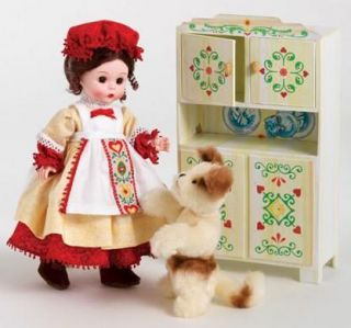 Madame Alexander Doll Old Mother Hubbard 3985 w Furniture Dog MSRP $95