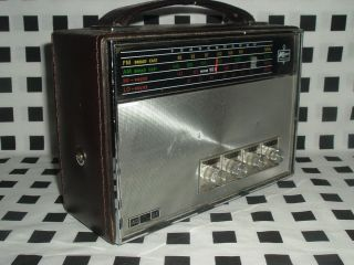 Vintage Kresge Kmart Multi Band Am FM Radio