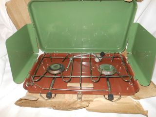 American camper Two Burner Propane Stove Model 1085 16000 BTU Green