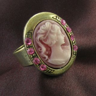 antique gold vintage style cameo ring lady pink stone crystal stone