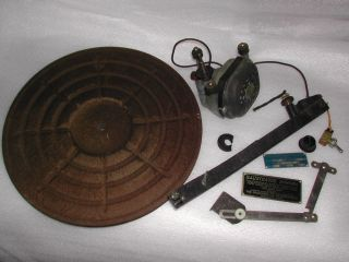 Vintage Magnavox Phonograph Record Player Motor Tone Arm, Platter and