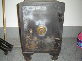 Freeman Safe Philadelphia PA Early 1900s Antique Floor Safe