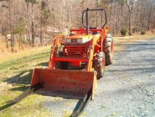 KUBOTA L2850 ,4 WHEEL DRIVE TRACTOR ,ALREADY SOLD