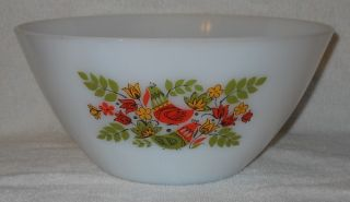 Arcopal France Bird and Floral Pattern Mixing Bowl