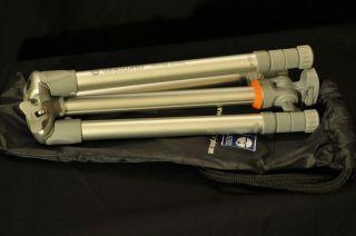 Vanguard Nivelo 204SL Compact Lightweight Aluminum Tripod Carrying Bag
