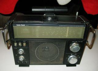 Radio Shack SW 100 Short Wave CB Am FM TV 1 TV 2 Air WX VHF Radio