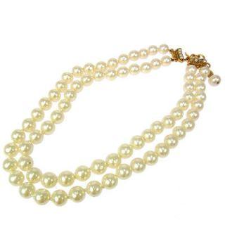 Authentic CHANEL Vintage CC Logos Faux Pearl White Pendant Necklace 23