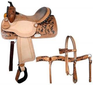 Newly listed Double T Barrel Saddle Set with Breast Collar 16