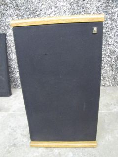 ACOUSTIC RESEARCH AR TSW 210 BOOKSHELF SPEAKER RARE ONE SPEAKER
