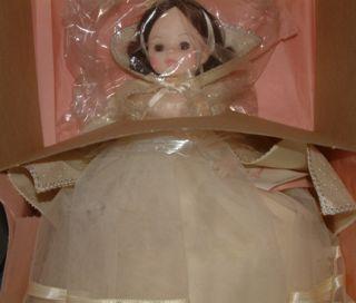 Madame Alexander 1555 Snow White 14 Doll w/box
