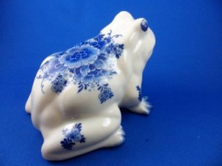 Authentic Delft Holland Hand Painted Blue White Floral Decorated Frog