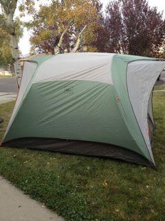 ... REI 2011 Hobitat 6 person Tent 3 season aluminum poles full rain fly ... & MSR Elixir 2 Tent 2 Person 3 Season