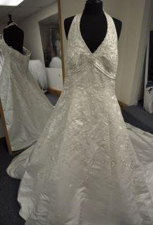 Allure Bridals W222 Halter A Line Wedding Dress Gown Plus Size 22W in
