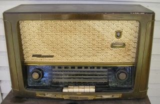Vintage Grundig Majestic 3045WX 3045 WX Tube Radio Lights Up