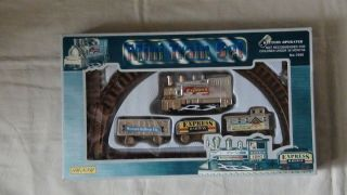 MINI TRAIN SET EXPRESS KINGDOM LOCOMOTIVE 1940 BATTERY OPERATED NEW
