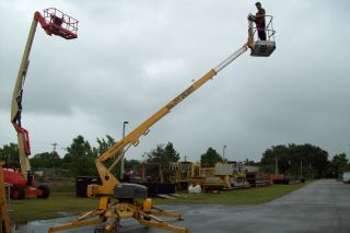 3632T 43Ft Boom Lift Automatic Leveling Battery Powered 2006 We Ship