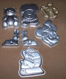 Wilton Cake Pans Minnie Mouse Santa Bear Ziggy Rabbit + Gingerbread