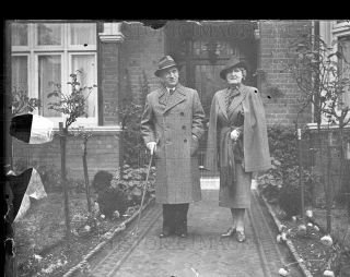 1938 4x5 Glass NEG Dr Benes and Wife Leaving House for First Time