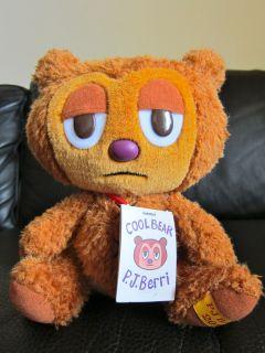 PJ BERRI COOL BEAR PLUSH FROM KIDROBOT BRAND NEW WITH TAGS SUPER CUTE