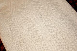 CHURCHILL WEAVERS   Berea, KY   Lovely Off White Throw Blanket