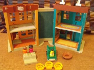 Vintage 1974 Fisher Price Little People Sesame Street #938 toy