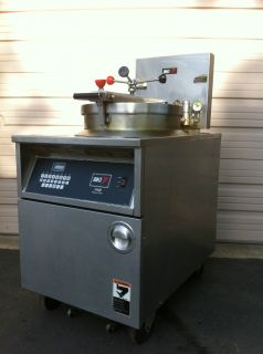 BKI FKM FC Extra Large Volume Electric Pressure Fryer w Built In