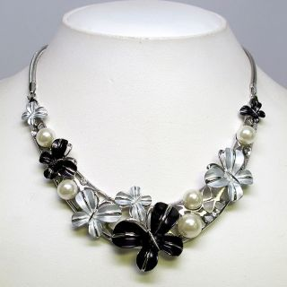 Pearl Black Color Flower Crystal Necklace Earrings Set S0203