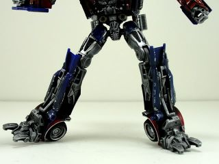 This is a Hasbro Dark of the Moon deluxe class Optimus Prime