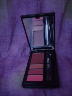 BOBBI BROWN HOLIDAY TO GO BERRY LIP PALETTE MINI TRAVEL SIZE   CLASSIC