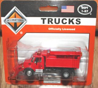 Boley   187 / HO   International Trucks   Red Sand / Salt Truck with