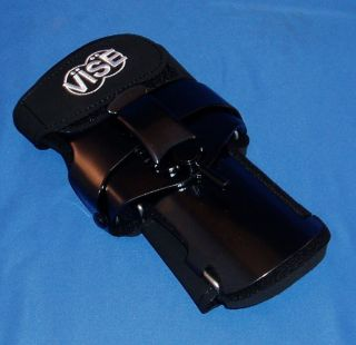 Vise V3 Right Hand Bowling Ball Wrist Support size Medium color