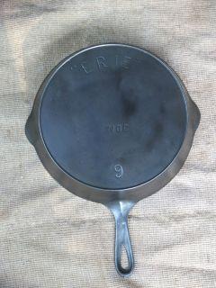 Pre Griswold ERIE 710c Cast Iron Skillet 9