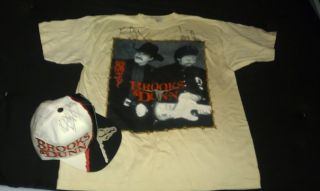 Brooks Dunn signed autographed Hat Shirt lot Kix Ronnie country
