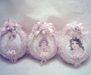 Victorian~Lg GLASS Ornament~Brundage Pic #3~Pink Lace~Rose Satin~Roses