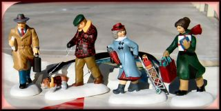 Busy City Sidewalks New Department Dept 56 Christmas in The City