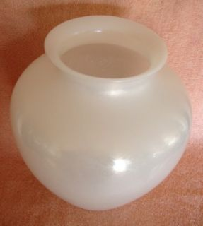 Fabulous Antique Carder Steuben Signed Ivrene Vase