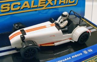 scalextric c3093 caterham 7 r500 1 32 scale slot car brand new in