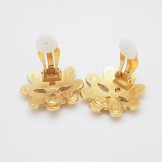 Vintage Chanel Flower Motif Gold Earrings Excellent Condition