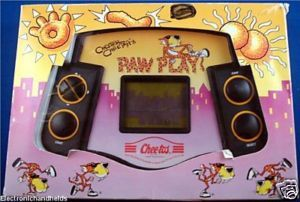CHESTER CHEETAHS ELECTRONIC HANDHELD FOOD PROMO GAME CHEETOS TOY SNACK