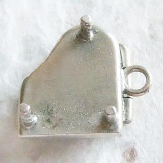 enamel BABY GRAND PIANO ~ OPENS sterling silver mechanical music charm