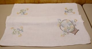Embroidered Linen Tablecloth White 39 75 x 35 Inches