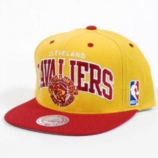 Cleveland Cavaliers Snapback Hat Mitchell Ness NA80Z