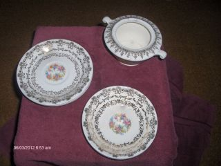 LOT OF 6 ROYAL CHINA CLAREMORE PATTERN 22KT GOLD TRIM DISCONTINUED