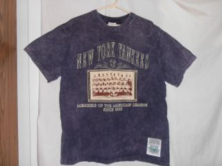 Large Tee Shirt Cooperstown Collection New York Yankees