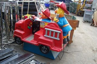 Vending Machines KIDDIE RIDE Bert & Ernie Firetruck USED Coin Operated
