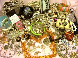 lbs Vintage Costume Jewelry Beads Estate Watches 1OOS of Pieces